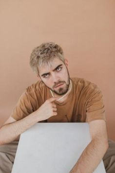 """Nicky Buell Drops Queer Pop Anthem """"Boy Crazy"""" Seattle-based pop artist Nicky Buell is quickly establishing himself as a leading voice in the queer pop… The post Nicky Buell Drops Queer Pop Anthem """"Boy Crazy"""" appeared first on Music Arena Gh."""