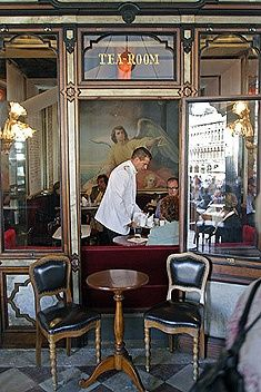 VENICE, ITALY l Marcel Proust, Goethe, Charles Dickens, and Rousseau are among the literary notables who have been patrons of Venice's Caffe Florian. Bologna, Café Restaurant, Restaurants, Amalfi Coast, Venice Italy, Italy Travel, Rome, Places To Go, White Jackets