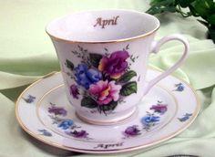 Fleur du mois tasse de thé - April