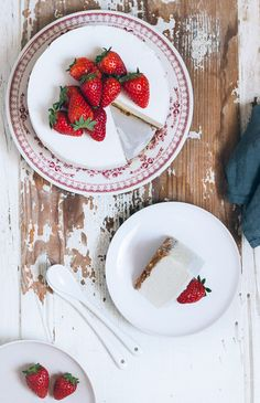 Simple Classic Cheesecake | Pretty  Simple Sweet, April 2015