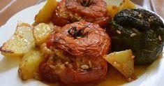 Το άκρως καλοκαιρινό φαγητό που αρέσει σε όλους !!! Υλικά ντομάτες πιπεριές πατάτες μαϊντανό ψιλοκομμένο δυόσμο ψιλοκομμέ... Shrimp, Sausage, Pork, Sweets, Meat, Chicken, Ethnic Recipes, Greek, Kitchens