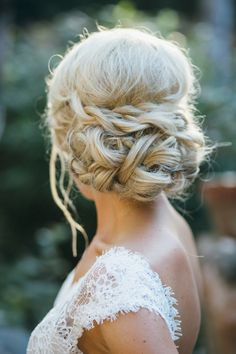 Perfect bohemian updo with braids and twists. #bridalupdo