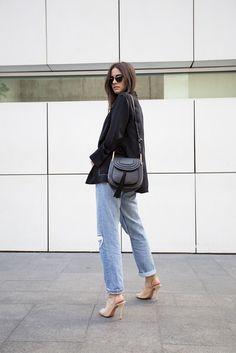 Wellcome to Fashionvibe, the Zina Charkoplia Fashion Blog