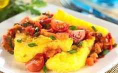 Très populaire en Italie, la polenta se prête à bon nombres de réalisations salées et sucrées. Inspirez-vous de nos 5 meilleures recette pour la cuisiner !
