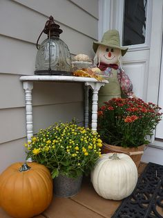 fall porch- small table