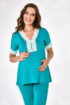 A Dama Necta é uma loja de fábrica online de pijamas, camisolas e homewear com um linha de produtos jovens, confortáveis, com um toque de sensualidade, porém sem perder a elegância. Valorizando a diversidade, a Dama Necta também oferece produtos plus size. Mix Match Outfits, Mix N Match, Toque, Pyjamas, Nightwear, Ideias Fashion, Tunic Tops, Plus Size, Suits