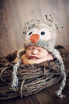 Owl Baby foto bimbo con cappellino a gufo
