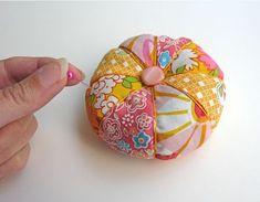How to Make a Pin-Sharpening Pin Cushion | CraftyPod