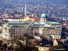 The Buda castle, Budapest / Clickasnap Buda Castle, Hungary, Budapest, Paris Skyline, Taj Mahal, My Photos, Landscape, City, Building