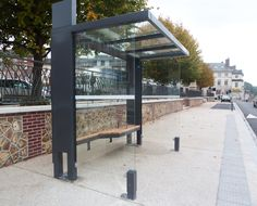 Abri Bus - bus shelter - Oslo by Abri Plus Retail Architecture, Landscape Architecture, Urban Furniture, Street Furniture, Bus Stop Design, Bus Shelters, Shelter Design, Oslo, Canopy Design