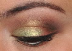 Never underestimate the power of a well-blended eye.