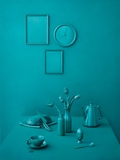 Monochrome still life in green-blue Still Life Photography, Color Photography, Colourful Photography, Landscape Photography, Photography Ideas, Portrait Photography, Fashion Photography, Design Set, Monochrome Color
