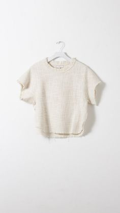 Shannon- I love crop tops that are longer like this! They go just down to my waist or so and I wear them with high waisted jeans