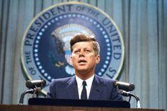 Salvateletica: LIBRI | Kennedy, un socialista alla Casa Bianca, d...