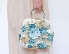 "Poseta Clutch ""Romantic Mood"" (albastru) Romantic Mood, Bucket Bag, Shoulder Bag, Bags, Clutches, Fashion, Handbags, Moda, Fashion Styles"