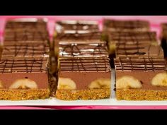 Sunteți în criză de timp? Soluția este acest tort mega rapid gata în 15 minute!   SavurosTV - YouTube Biscuits, Mini Tortillas, No Cook Desserts, Chocolate, Waffles, Gluten, Pudding, Sweets, Cooking