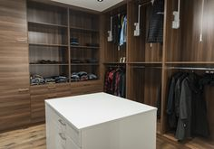 Dressing room / Minns Things / House interior design ideas inspiration