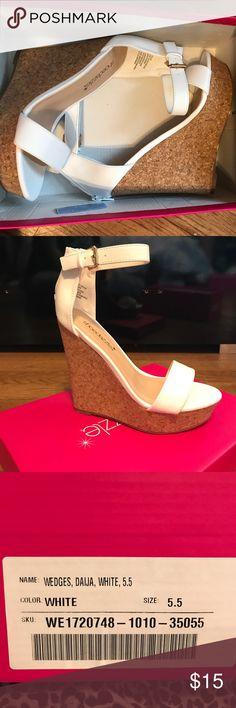 Shoe dazzle white wedges Never worn! Shoe Dazzle Shoes Wedges