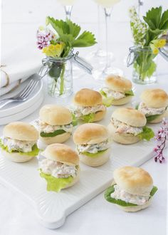 Mini Hamburger, Afternoon Tea, Bread Recipes, Tapas, Sandwiches, Brunch, Food And Drink, Snacks, Eat