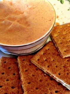 Low calorie Pumpkin Pie Dip! The perfect appetizer for Halloween parties :) SO good!