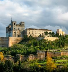 Monasterio de Uclés, Cuenca Creative Pictures, Travel Items, Travel Abroad, France Travel, Long Distance, Continents, Travel Usa, Egypt, Traveling By Yourself