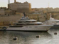 TANGO, type:Yacht, built:2011, GT:2083, http://www.vesselfinder.com/vessels/TANGO-IMO-1010703-MMSI-319028500