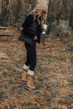 Cold Weather Essentials // Sorel boots // fall layering