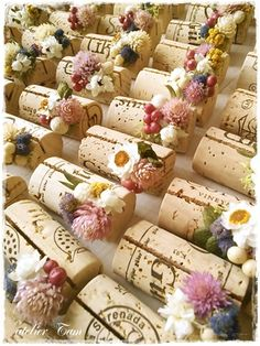 Cork name placeholders Wedding Notes, Wedding Clip, Wedding Save The Dates, Wedding Paper, Wedding Cards, Wedding Gifts, Wedding Invitations, Diy Wedding Decorations, Wedding Themes