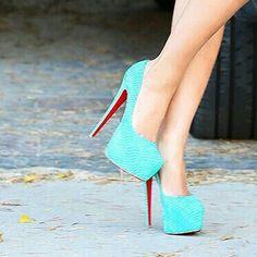 shoes's photo on Instagram                                                                                                                                                                                 Mais