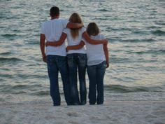Teen / Siblings / Family / Beach / Outdoor (Except not by the ocean;))
