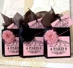 Really cute Paris goodie bags for a girly party. And super easy to make!