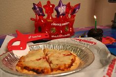 Families with gluten allergies can now join in on the Chuck E. Cheese's fun with our new gluten-free pizza and cupcake!