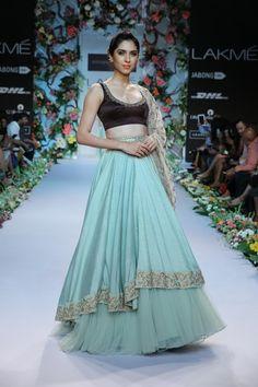 Bridal Fashions http://maharaniweddings.com/gallery/photo/20592 @Shiv Gopal Music/designer-shyamal-bhumika