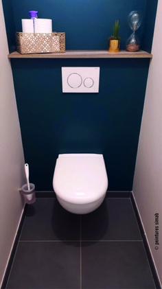 Achievements & Inpirations The Factory Shop - Deco wc suspendu - Small Toilet Decor, Toilet Room Decor, Small Toilet Room, Modern Bathroom, Small Bathroom, Blue Bathroom Paint, Toilette Design, Kitchen Decor Themes, Easy Home Decor