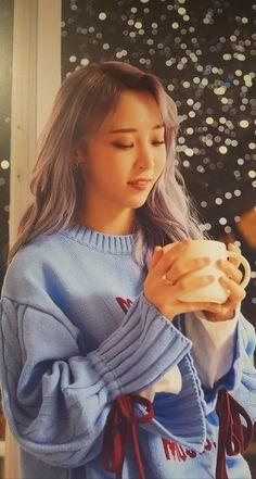 South Korean Girls, Korean Girl Groups, K Pop, My Girl, Cool Girl, Mamamoo Moonbyul, Kpop Outfits, Kpop Aesthetic, Korean Beauty
