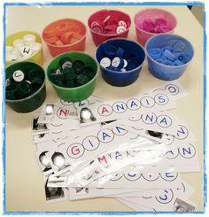 atelier prénoms Preschool Literacy, Kindergarten Activities, Work Task, Petite Section, Task Boxes, Pre Writing, Letter Recognition, Teacher Hacks, Edd