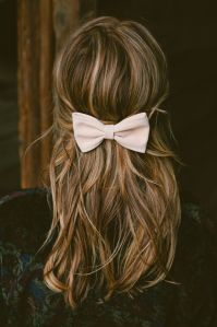 highlighted hair, bow in hair, brunette hair with honey and golden highlights