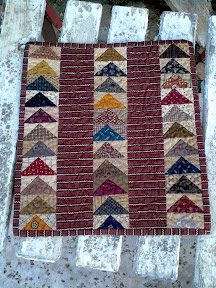 quiltsbycheri: the three little quilts......