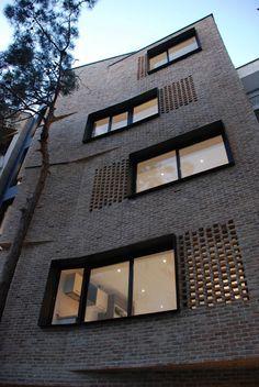 Villa Residential Apartment,© Ali Daghigh | 1:200 | Residential Building | vertical | urban building | Fiat land | between building | red brick building facade | red brick aparejo | Housing |