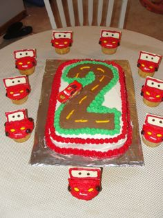 Cake Decorating Frosting - 4 Sons 'R' Us Car Themed Parties, Cars Birthday Parties, Cool Birthday Cakes, Boy Birthday, Birthday Ideas, Disney Cars Party, Disney Cars Birthday, Cake Decorating Frosting, Party Time