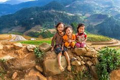 Ethnic #children relax on a mountain by Thanh Hoang Cong. #kids #smiles