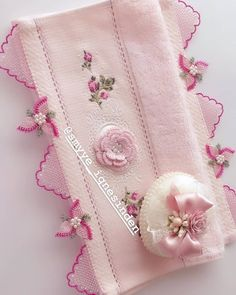 Thread Art, Needle And Thread, Flower Embroidery Designs, Hand Embroidery, Knit Shoes, Needle Lace, Sweater Design, Knitted Shawls, Knitting Socks