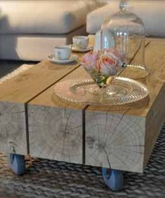 coffee table love this Dining Furniture, Diy Furniture, Pallet Wall Decor, Wood Architecture, Interior Inspiration, Sweet Home, House Design, Table, Pallets