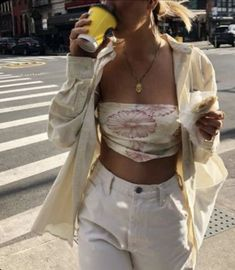 It was basically summer in NY today. Sunflower bandana top available now 🌻 Grunge Style Outfits, Mode Outfits, Cute Casual Outfits, High Fashion Outfits, Trendy Summer Outfits, Fashion Hacks, Spring Outfits, Fashion Ideas, School Outfits