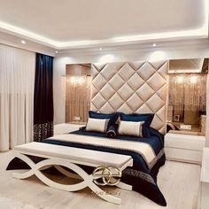 elve luxury on Insta Modern Luxury Bedroom, Luxury Bedroom Design, Master Bedroom Interior, Bedroom Furniture Design, Master Bedroom Design, Luxurious Bedrooms, Home Decor Bedroom, Luxury Furniture, Luxury Interior Design