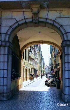Arco do Bandeira e Rua dos Sapateiros