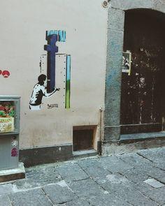 I see you. Goodmorning. #unangeloinviaggio  Edit with @vscoM3  #buongiorno #italy #campania #salerno #bestoftheday #beautiful #amazing #awesome #photoofday #streetart #vsco #vscocam #vscoitaly #vscogood #igers #igersoftheday #igersitalia #igerscampania #igers_salerno #sud #volgoitalia #volgocampania #volgosalerno #vivosalerno #vivocampania #paesaggisalernitani