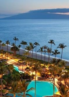 Stay at the four-star Westin Maui Resort & Spa on Ka'anapali Beach for 239-$299 per night – that' s a 50 percent discount from peak rates. (There is an added $30 resort fee that includes Internet, shuttle service, and bottled water.)