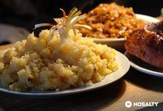 Hagymás tört krumpli | NOSALTY Veggie Recipes, Salad Recipes, Veggie Meals, Naan, Broccoli, Risotto, Mashed Potatoes, Grains, Salads