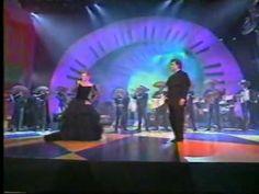 """ROCIO DURCAL, JUAN GABRIEL & ÁNGELA CARRASCO EN PREMIO LO NUESTRO 1997 UNIVISION ♫♫♫ """"SE ME OLVIDÓ OTRA VEZ"""". """"LA DIFERENCIA"""".  """"EL DESTINO""""."""